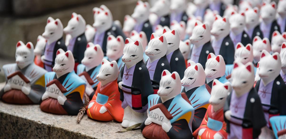 Cat statues